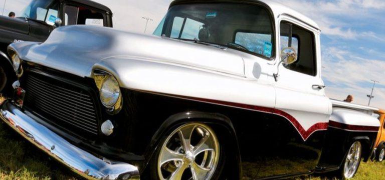 classic-windscreens-chev-apache59