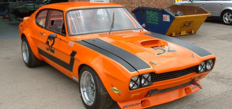 classic-windscreens-ford-capri1