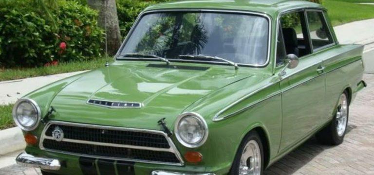 classic-windscreens-ford-cortinamk1g