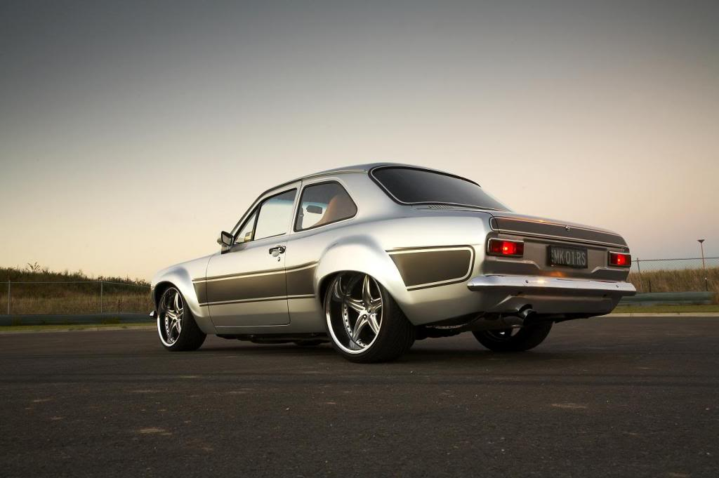 classic-windscreens-ford-escort